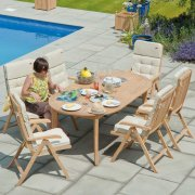 Roble Ascot Extending Oval 6 Seater Dining Set