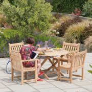 Roble Broadfield Round 4 Seater Dining Set