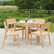 Roble Tivoli Square 4 Seater Dining Set